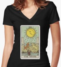 Tarot - The Moon Women's Fitted V-Neck T-Shirt