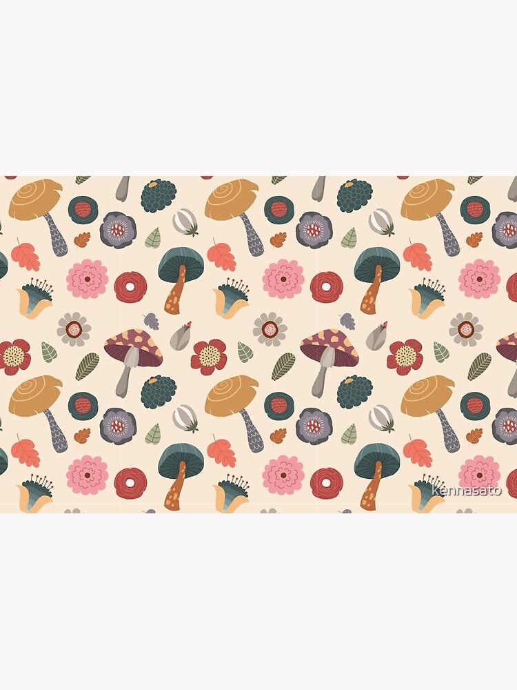 Woodland-nahtloses mit Blumenmuster von kennasato