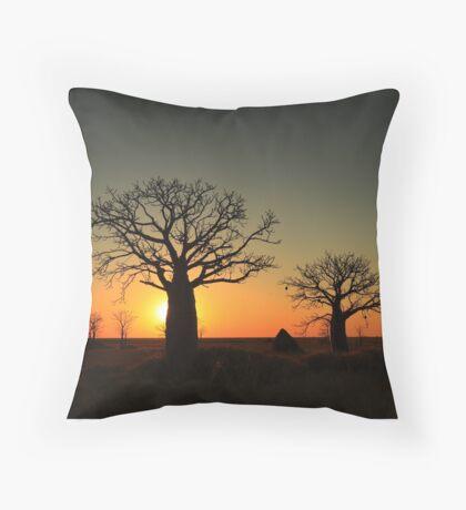 Sunset on the flats Throw Pillow