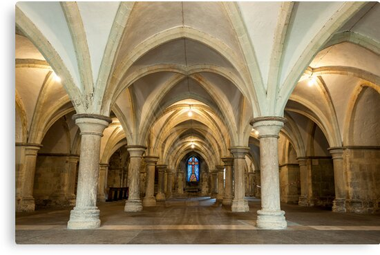 The Crypt: Rochester Cathedral by DonDavisUK