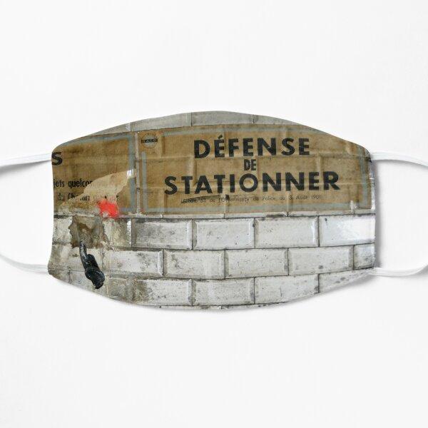 Métro - Avis : Défense de stationner Masque sans plis