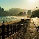 Along Ipanema Beach by photograham
