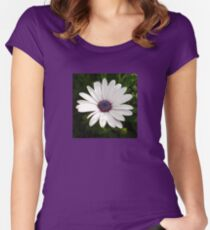 Beautiful Osteospermum White Daisy With Purple Center  Women's Fitted Scoop T-Shirt