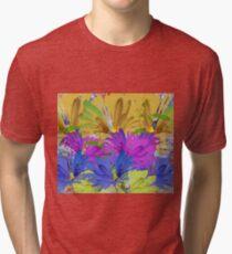 Blumen Tri-blend T-Shirt