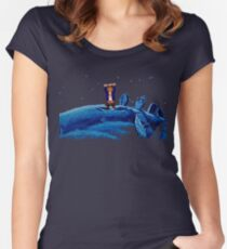 Guybrush went bone hunting! Women's Fitted Scoop T-Shirt