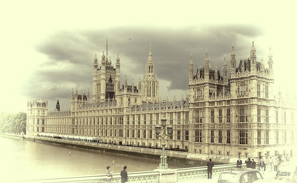 London by Aase