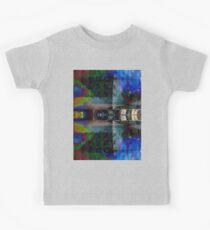 I love pictures Kids Tee