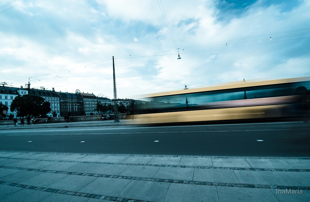 A bus in Copenhagen by InaMaria