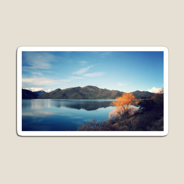 New Zealand mountains reflected in a lake. Magnet