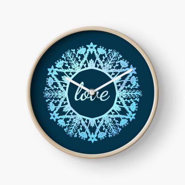 Love Wreath Foliage Snowflake - Paper Snowflake Design  Clock