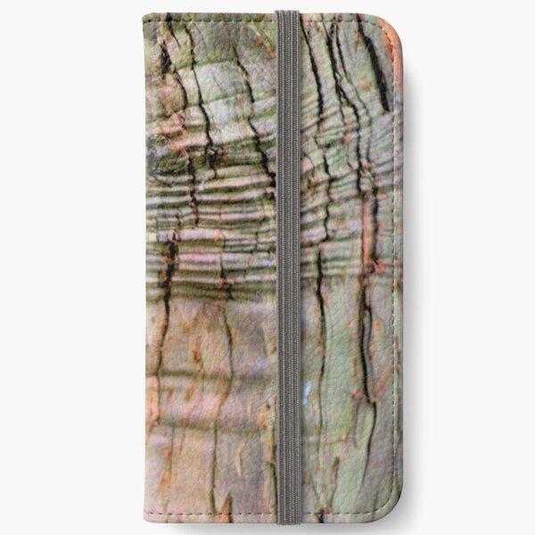 Yew tree bark texture iPhone Wallet