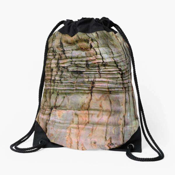 Yew tree bark texture Drawstring Bag