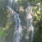 Heavons falls  by kevin seraphin