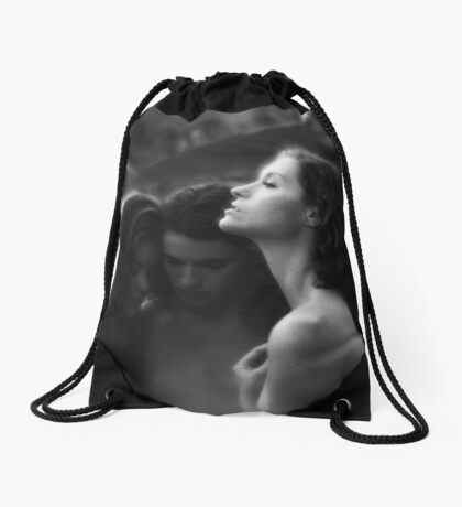 Soaking up the light Drawstring Bag