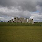 British Heritage site (Stonehenge) by brucemlong