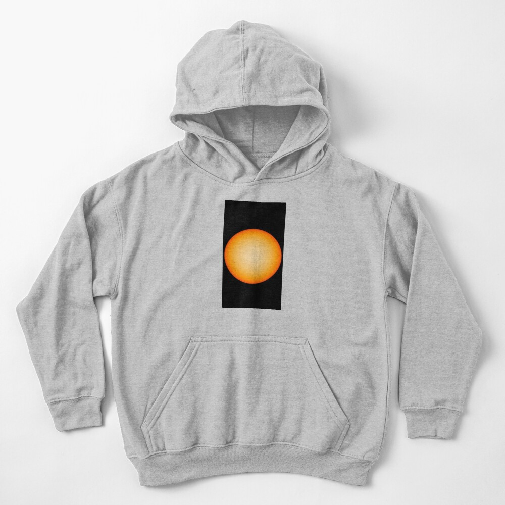 Why the sun is weakening and is it worth it to be afraid: the opinion of scientists Kids Pullover Hoodie