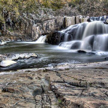 Summer Hill Creek Waterfall by johnah