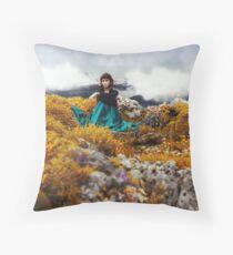 dragon-guardian Throw Pillow