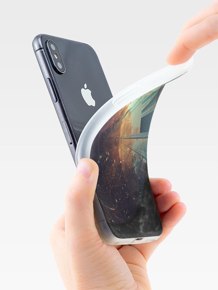 Alternative Ansicht von Galaxien kollidieren iPhone-Hüllen & Cover