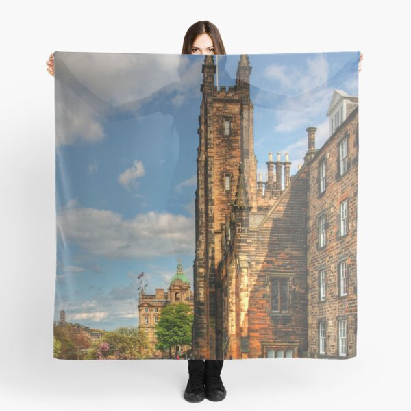 New College and The Mound Scarf