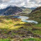 Llyn Idwal Lake by Adrian Evans