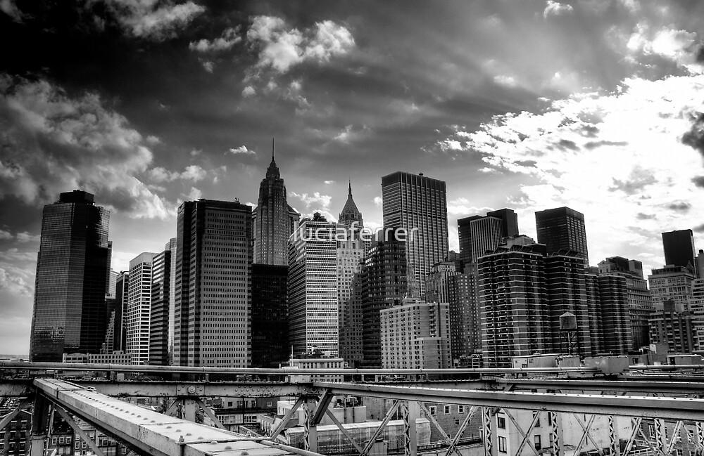 New York Skyline by luciaferrer