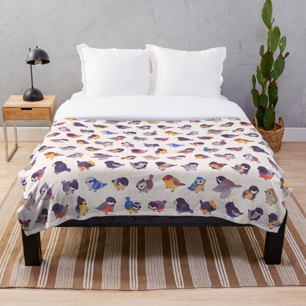 Little bird (Paridae) Throw Blanket