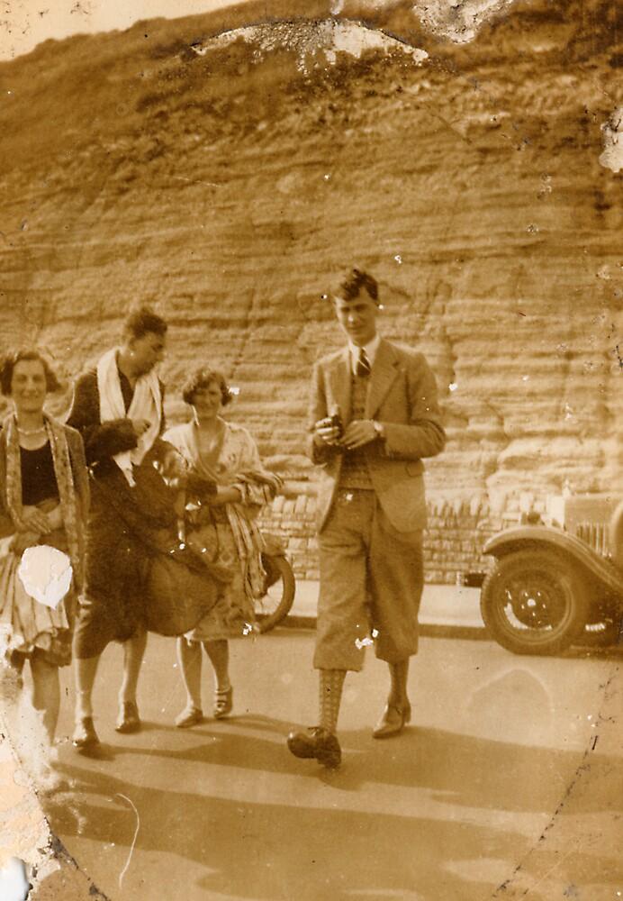 Golf 1929 by Robert Phillips