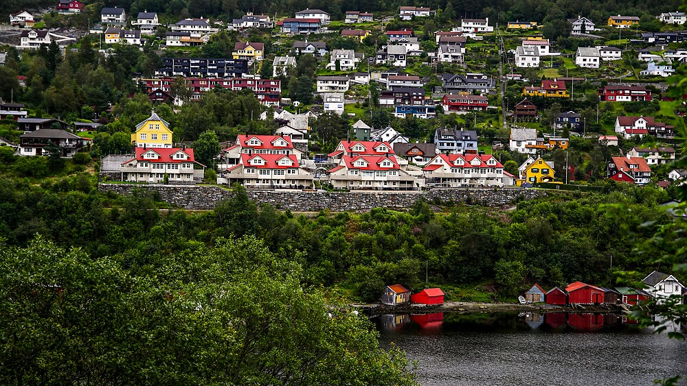 Norwegian houses by Cristim