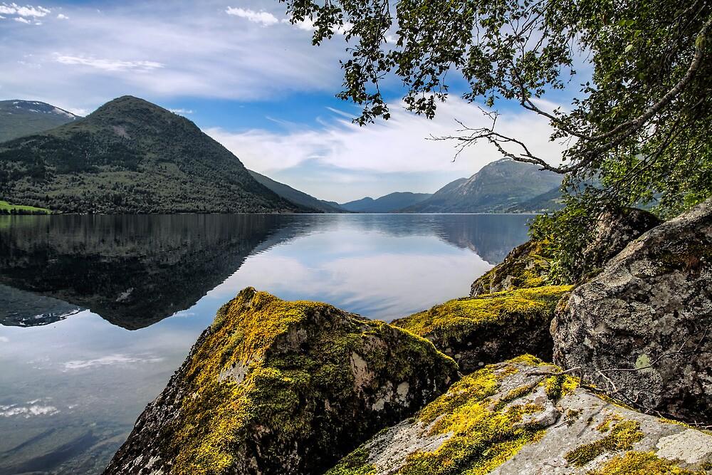 Jolster Lake by Cristim