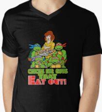 Chicks Dig Guys That Eat Out Men's V-Neck T-Shirt