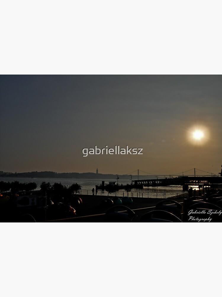 Sunset ove the bay by gabriellaksz