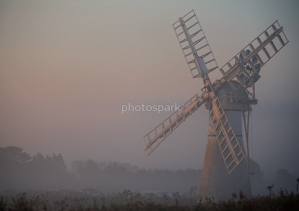 Misty Morn by photospark