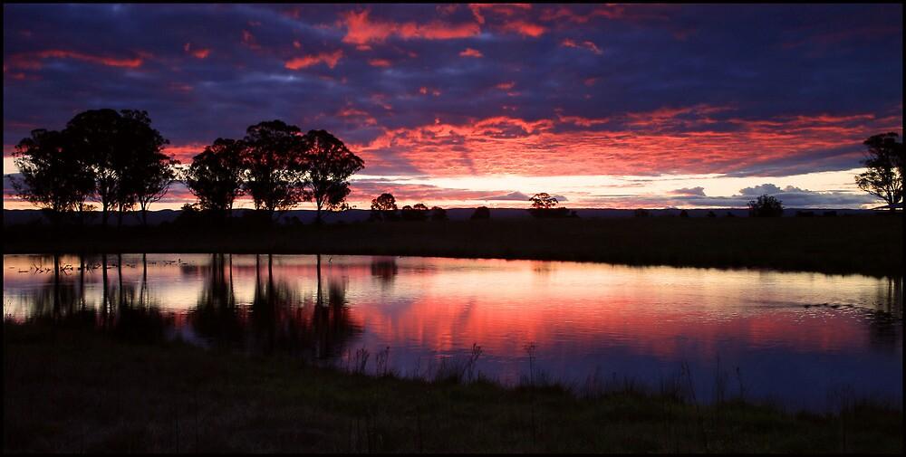 Sunset at Luddenham by kcy011