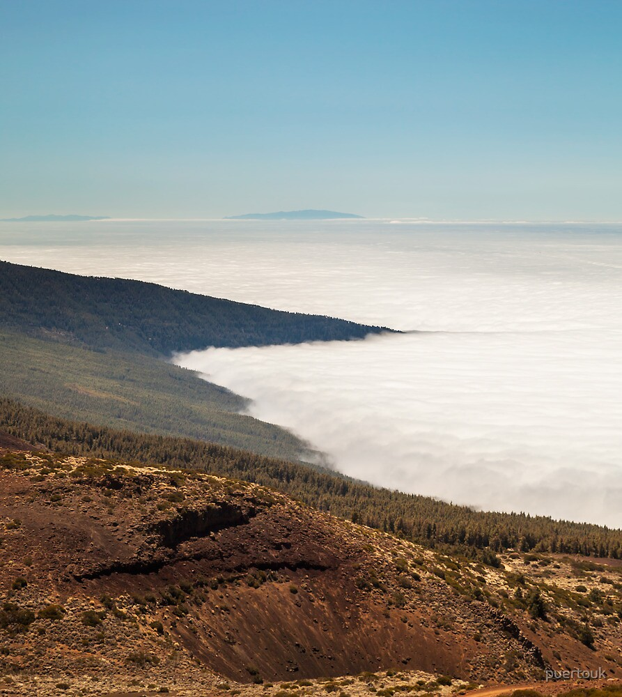 Above the clouds 2 by puertouk