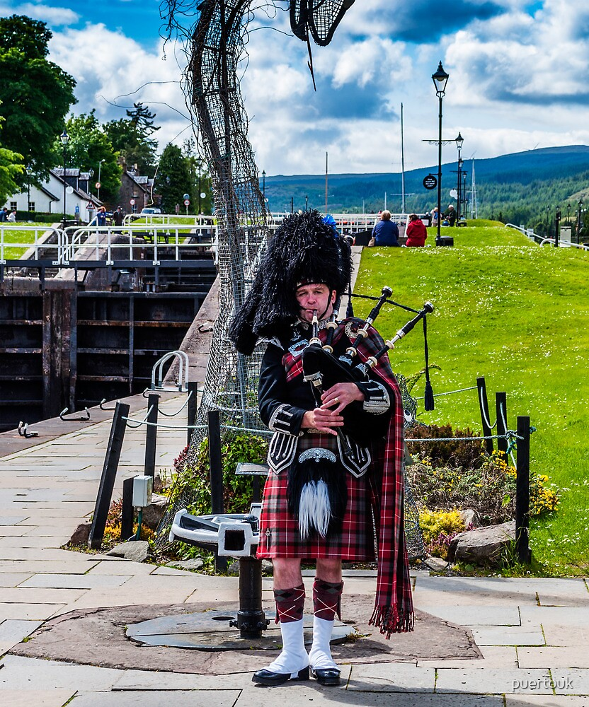 Scottish Piper 2 by puertouk