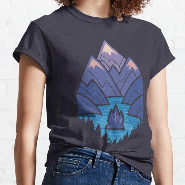 Mountain Lake : Blue Classic T-Shirt