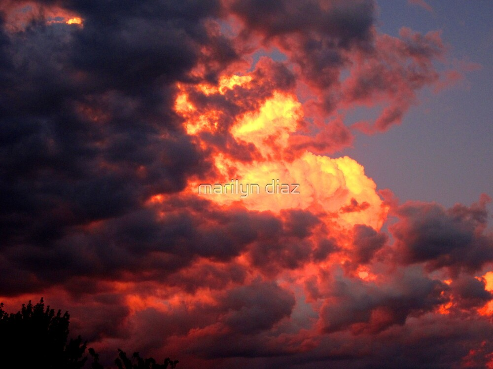 Sierra Sundown by marilyn diaz