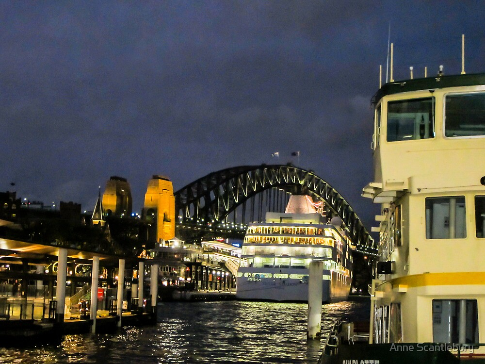 Boat on Sydney Harbour. by Anne Scantlebury