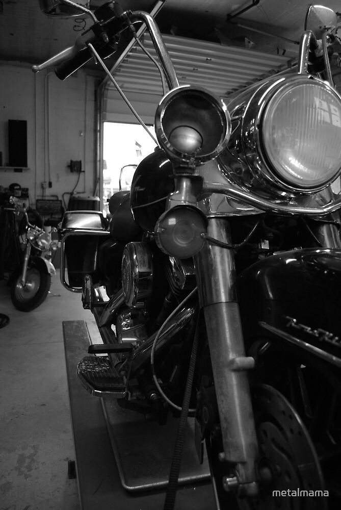 Motorcycle 2 by metalmama