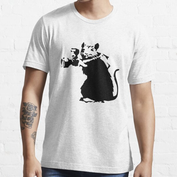 Banksy Rat Photographer  Essential T-Shirt