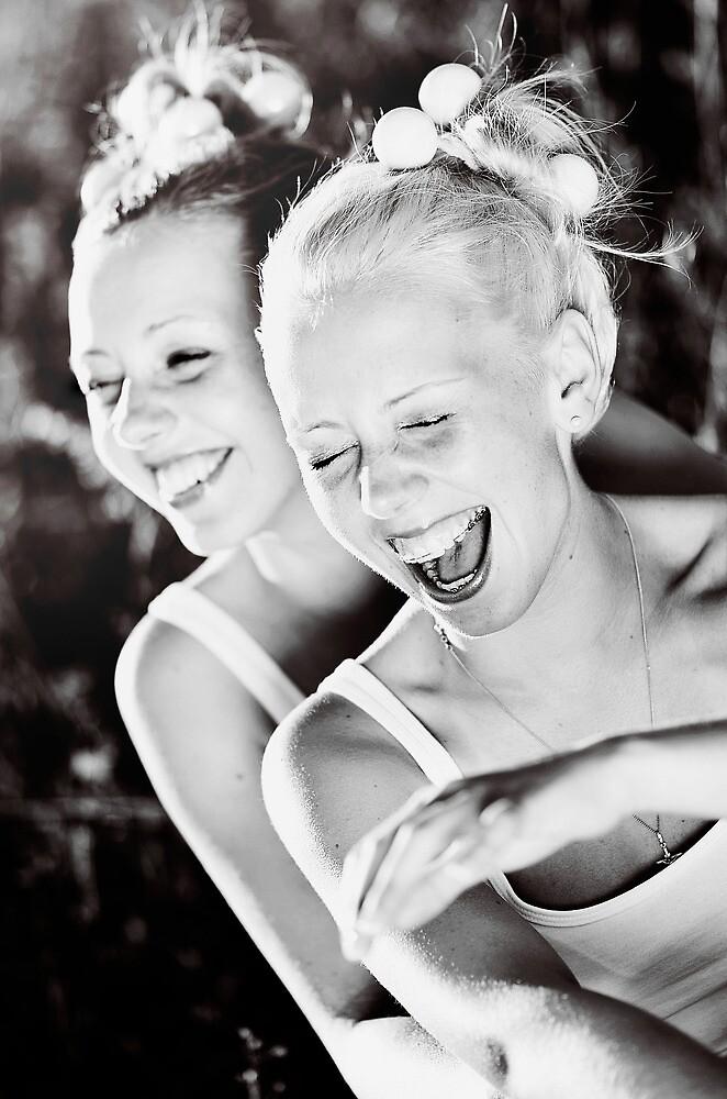 Sister Love by lindalinda