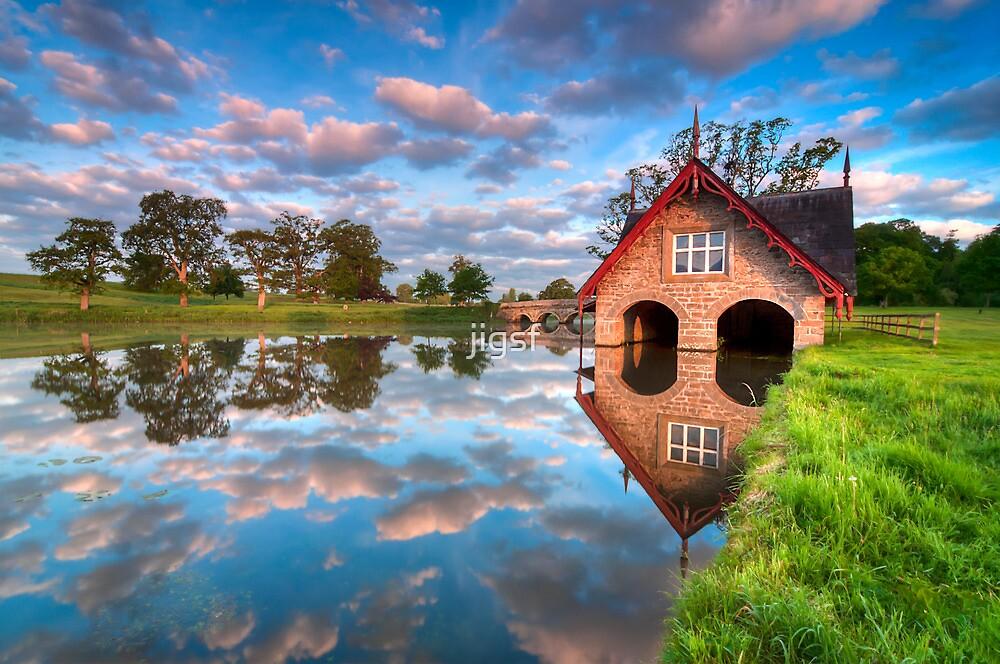 Carton Boathouse by jigsf