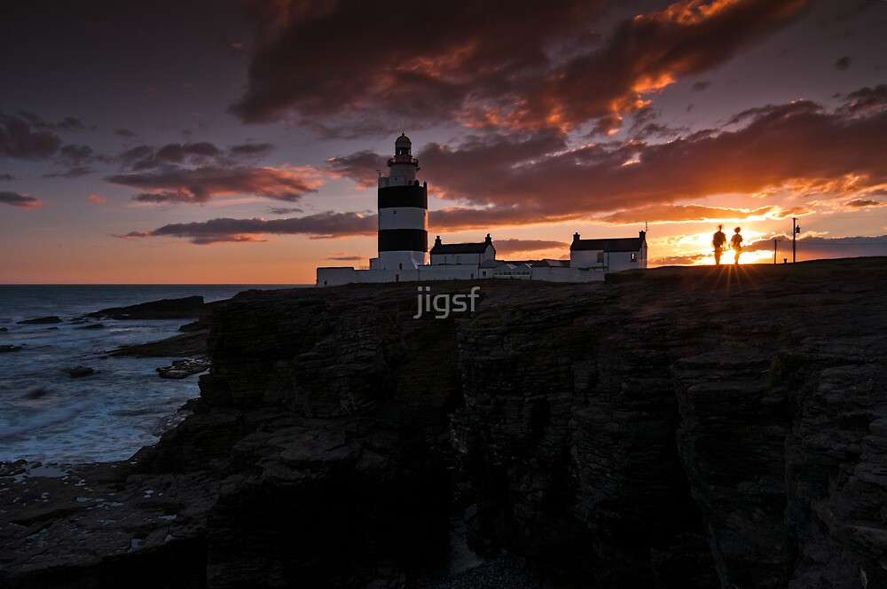 Lovers at Lighthouse by jigsf