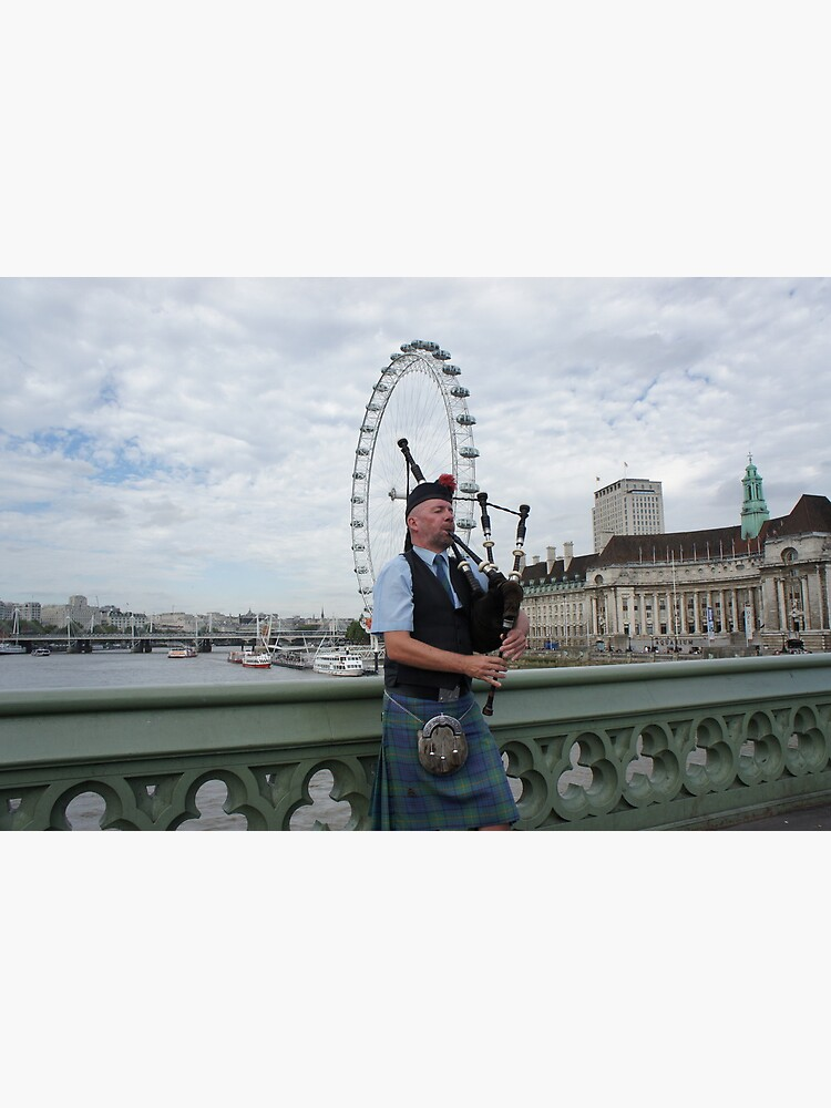 Bagpiper at London Eye by santoshputhran