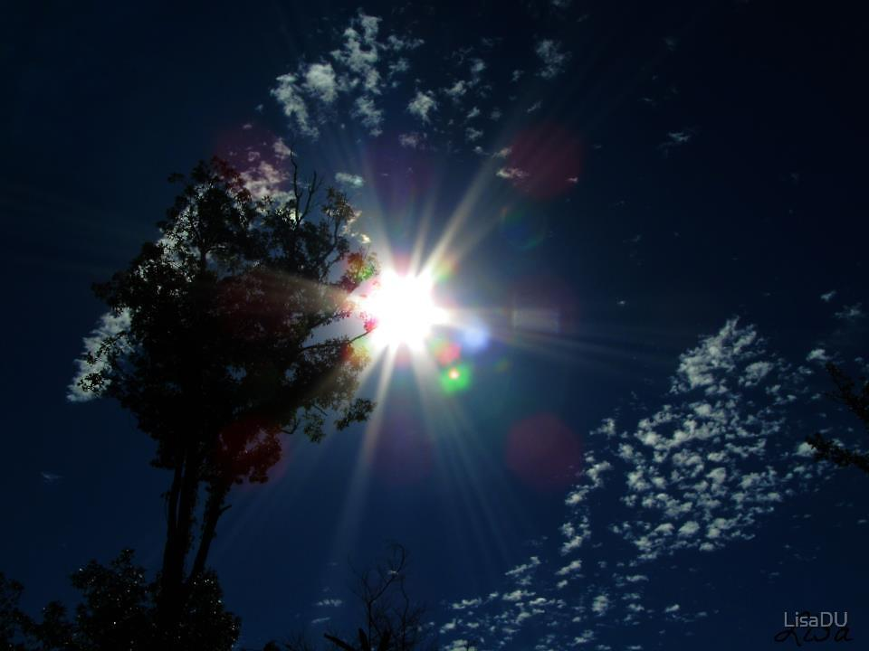 Rainbow sunshine by LisaDU