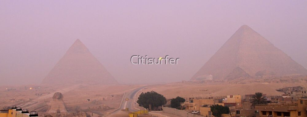 Moonset over the Pyramids by Citisurfer