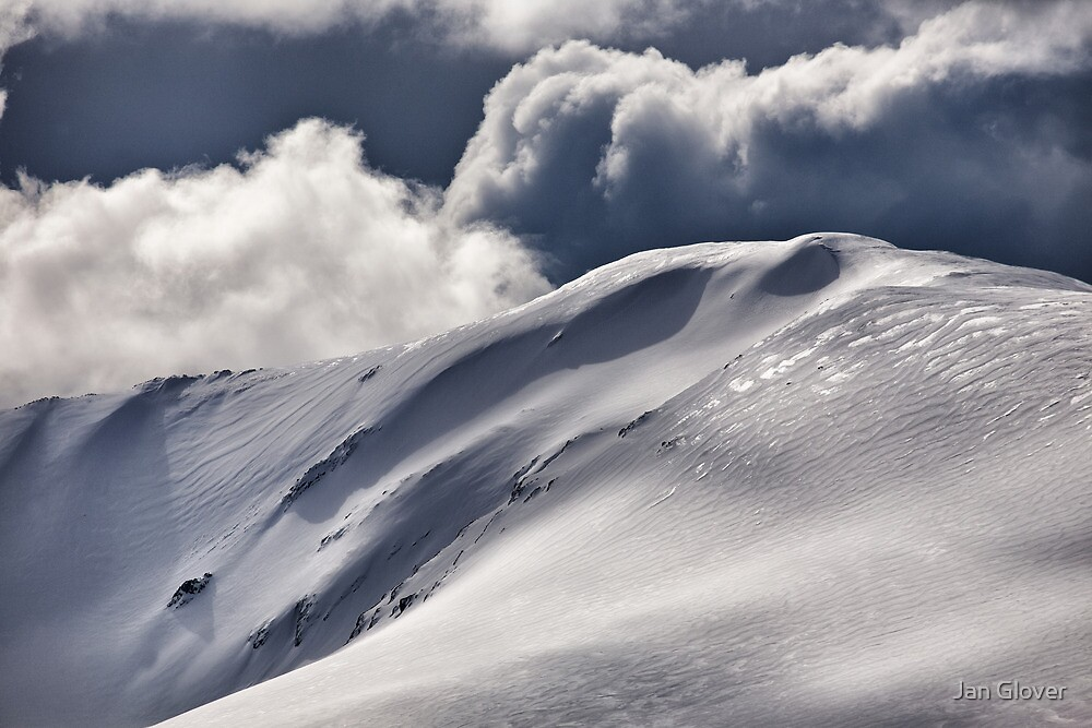 Carruthers Peak, Kosciuszko National Park NSW by Jan Glover