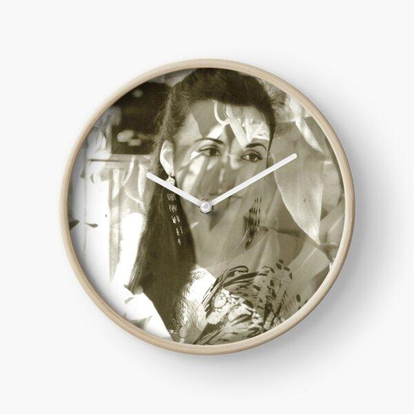 Mercado Jasmine Clock