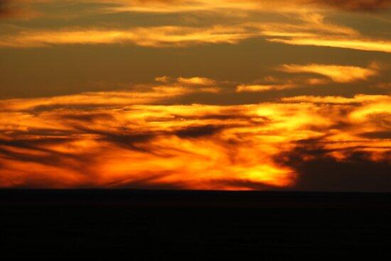 Mundi Mundi sunset by waynepearce